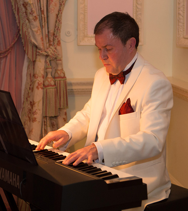 Wedding Pianist Mark Reeves at The Ritz in 2015